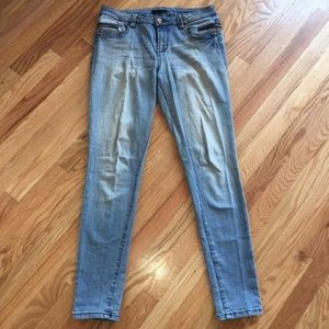 Fire Los Angeles Distressed Jeans Size 7